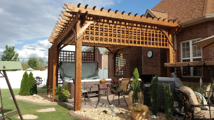 16x20 Cedar Flat Top Pergola with Custom Heavy Duty Lattice​