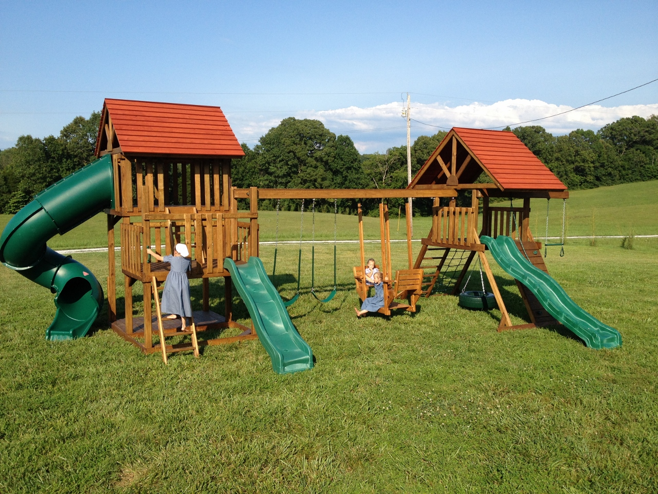 wood play house with swings and a slide for sale in dickson, tn outside nashville, franklin, clarksville.